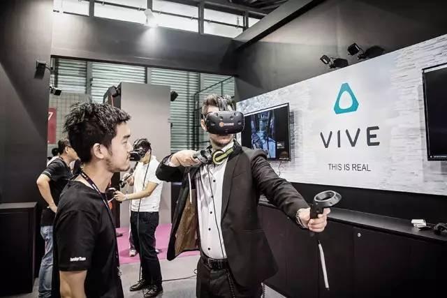 HTC转战VR:王雪红的豪赌与HTC的虚拟未来