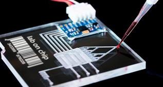 """""""芯片上的实验室"""":研究人员制造出最小的3D打印微流体设备"""