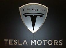 图说特斯拉:电动汽车的传奇与火热