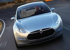 电动汽车充电难题:没电了?换块电池