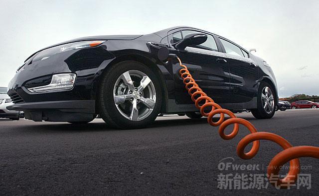 免费停车 工信部等十二部委齐发文力推新能源汽车