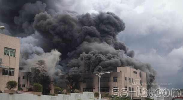 东莞锂电池工厂突发大火 5人死亡