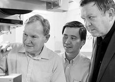 新加坡与英国科学家携手共建光子学研究所
