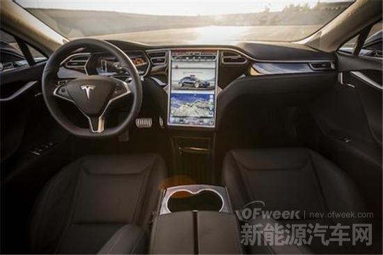 【评测】特斯拉Model S P85D让迈凯伦和布加迪颤抖