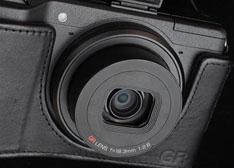 日本理光高速对焦新GR镜头专利公布