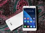 华为荣耀6 Plus上手初体验:比兄弟强 比iPhone6 Plus拽【附图】