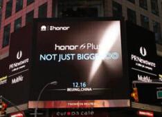 荣耀6 Plus对比苹果6 Plus详细评测:双摄像头就敢叫板iPhone?