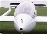 飞机途中也充电?!未来或现电动飞机