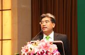 Manz亚洲区副总经理林峻生正在演讲