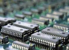 """无""""芯""""的困局:中国芯片进口额达2322亿美金"""