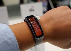 半年时间5款智能手表 三星为何如此拼命?