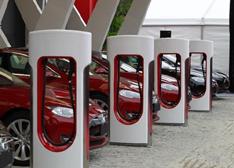 新能源汽车:催生的不仅仅是充电服务业