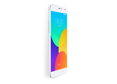 国产手机大崛起:魅族MX4/小米4阻击三星Note4/iPhone6