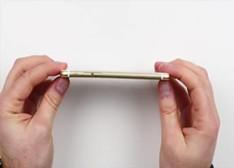 """手机被""""坐弯""""?iPhone 6/HTC/Moto X/诺基亚【视频实测】"""