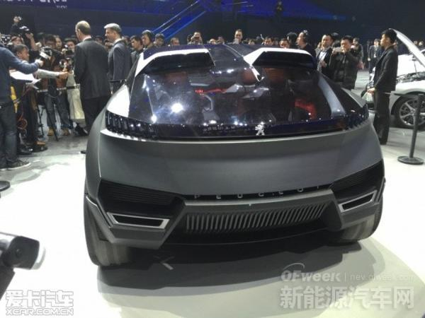 插电式混动SUV:标致Quartz概念车秒杀比亚迪唐