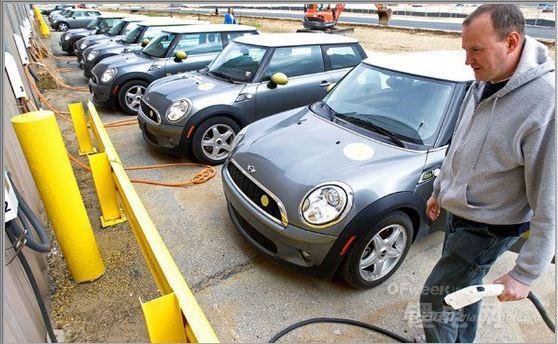 电动汽车蓬勃发展有助缓解储能成本过高难题