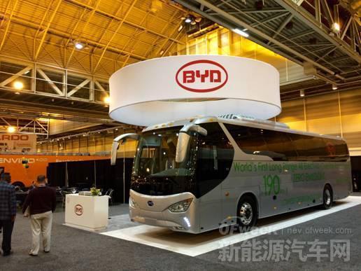比亚迪北美首推纯电动超长里程巴士