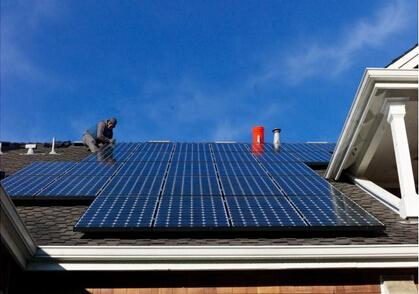 太阳能面板和电池即将改变整个能源市场