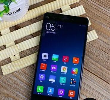 """小米Note对比魅族MX4 Pro评测:高通骁龙810/联发科MT6595""""芯""""对决"""