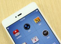 锤子手机Smartisan T1白色版上手体验:我见过的最美白色手机