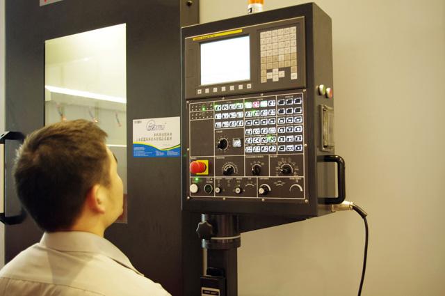 数控机床市场需求广大 产品质量还需加强
