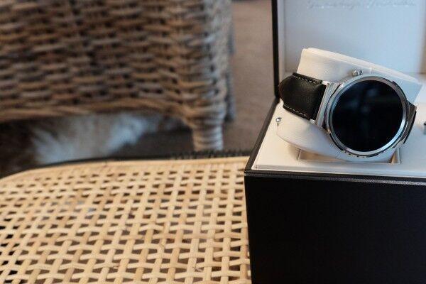 华为Watch VS Apple Watch:颜值与设计的大比拼