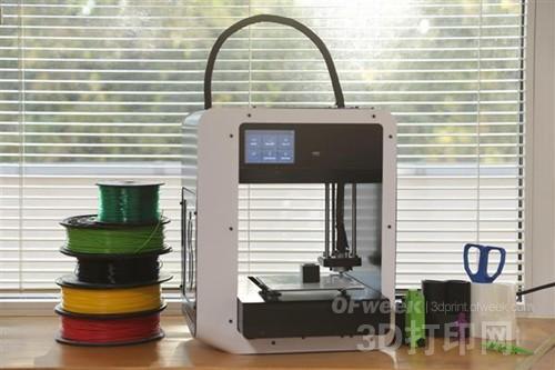 家用首选:能一键打印的3D打印机Skriware