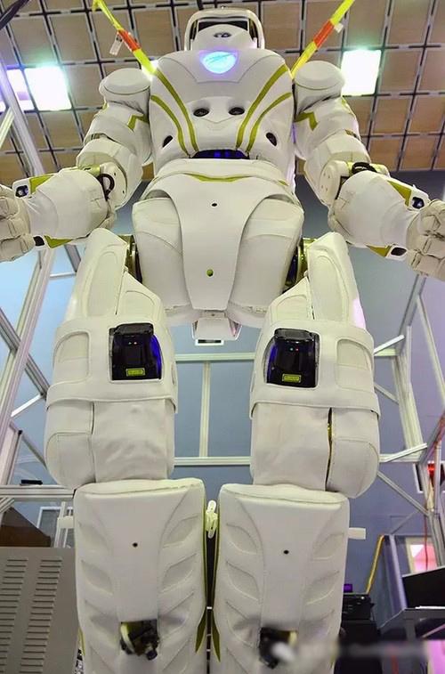 NASA送给麻省理工一台世上最先进的机器人