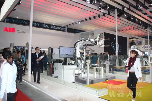 工博会深度直击:国内外机器人军团重磅来袭 同台PK争强斗艳