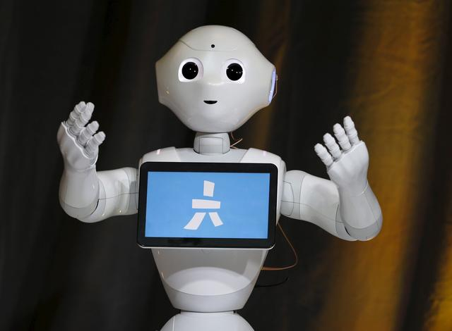 外媒称机器人的兴起或将导致近半美国人失业