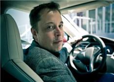特斯拉马斯克:自动驾驶汽车特斯拉只需两年