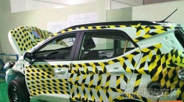 比亚迪紧凑型SUV实车曝光 将被命名为元