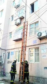 青岛居民家中爆炸 疑因锂电池充电所致