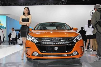 锂电池等产业受益:2015新能源车25万辆?!