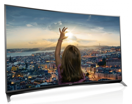 松下推出比量子点节能的Viera高端4K曲面电视