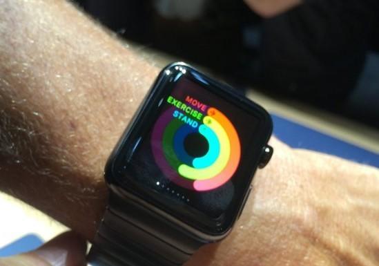 苹果改进Apple Watch 延长电池续航