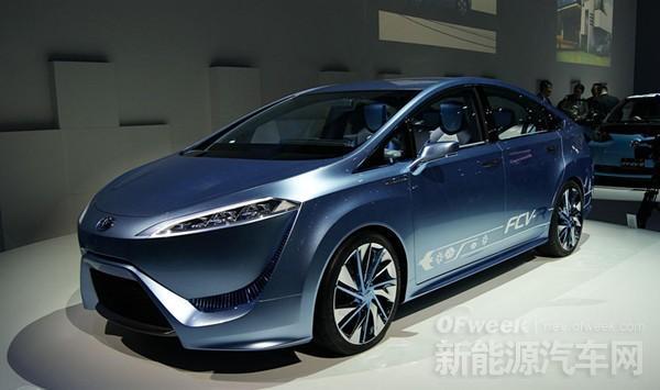 """日本""""终极环保车""""MIRAI遭质疑 燃料电池车被讥讽"""