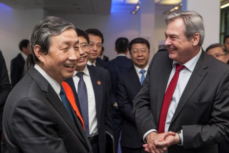 中国国务院副总理马凯先生率政府代表团访问罗德与施瓦茨公司德国总部