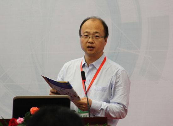 深圳大学机电与控制工程学院的曹广忠