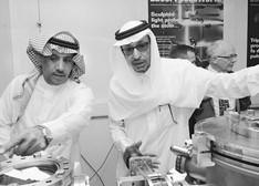 一台尖端激光设备在沙特阿拉伯最古老和最大的高校建成