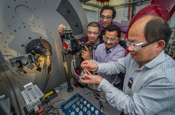 新型锂电池阴极:氟化铁+铜离子 电池容量翻两番