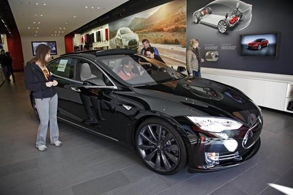 特斯拉推新车!Model S70D配70kWh的电池 售75000美元