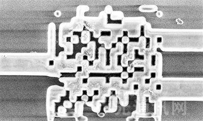美开发出迄今最小分光器 使硅光子芯片更近现实
