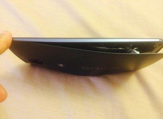诧异:谷歌Nexus 6闲置状态下电池爆炸?
