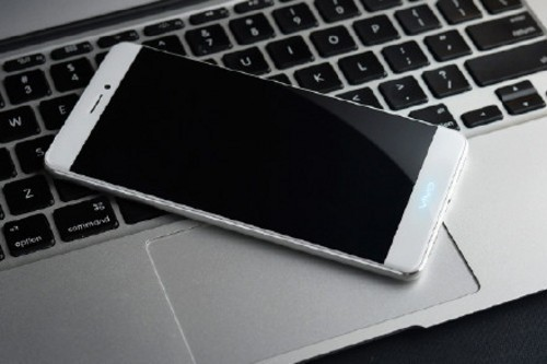 vivo全新机型被曝光!X5 Pro电池容量高达4150mAh!