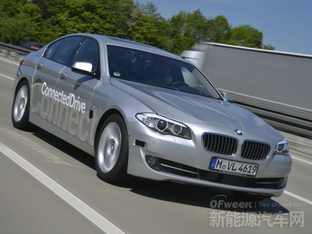"""宝马宣布推出""""BMW互联驾驶基础服务10年免费策略"""""""