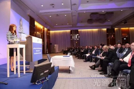 华为高级副总裁陈黎芳:如何拥抱下一波数字化浪潮?