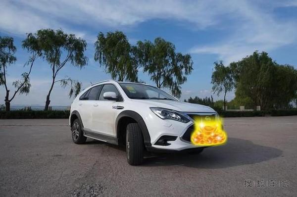 车主如何评价新能源汽车比亚迪唐高清图片