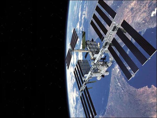 """俄""""联盟号""""飞船用一块太阳能电池即可安全飞行"""