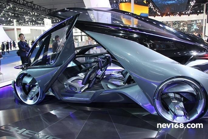 电动汽车决胜燃油汽车 更适合智能汽车的开发